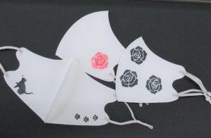 1/20 トールペイント  マスク2枚に薔薇か猫🐈を描きます。(ステンシルシート使用)