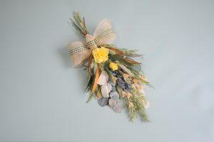 💐ナチュラルテイスト花束💐講座 6月は5種のユーカリを使い80%がプリザーブドフラワー素材です